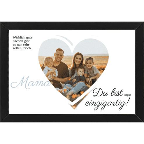 Familienfoto mit Text und Rahmen